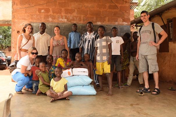 To go to Children à Tsévié